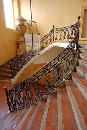 Музей гобеленов - Musee des Tapisseries - Музеи Экс-ан-Прованса (Aix-en-Provence) - ателье Сезанна, музей Гране, фонд Вазарели - музеи, описания, фотографии, время работы, на карте, стоимость